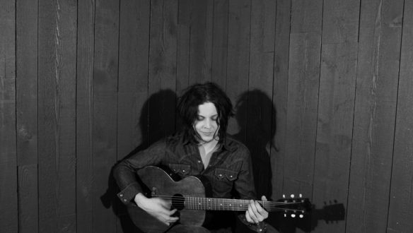 jack-white-acoustic-approved-press-photo-3-by-jo-mccaughey-small